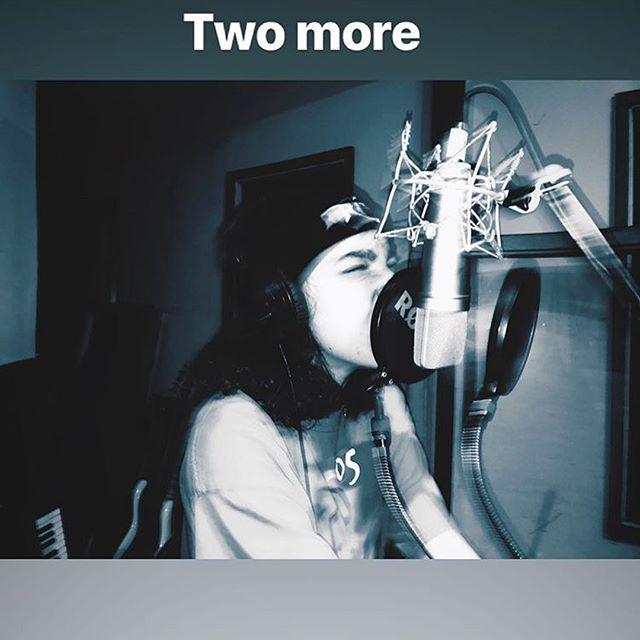 @marialvgo of @jigsawyouthband putting in work 📶 📸 @nastacha_beck #recording #vocals #neumann #u87 #studio #riot #riotgrrrl #music