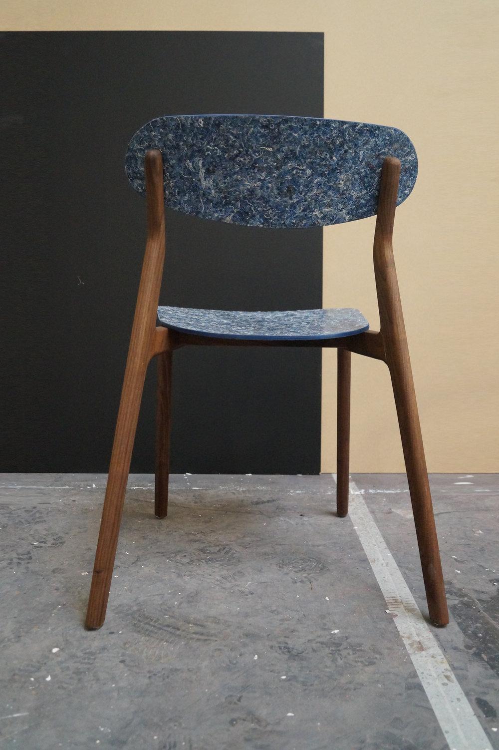 Ubu_Chair_Iso_04.jpg
