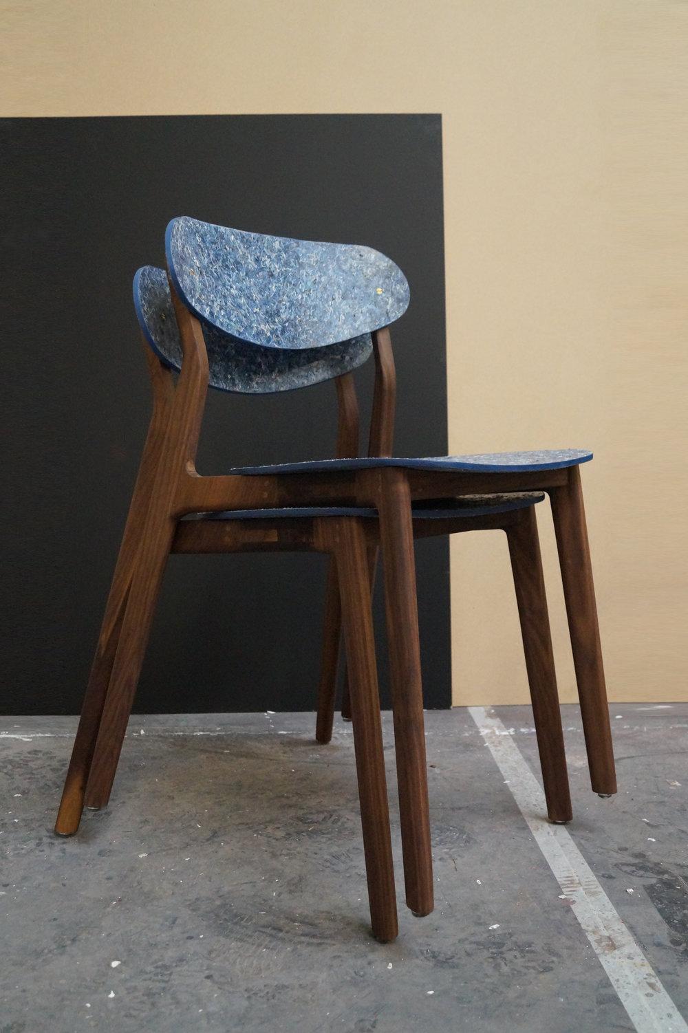 Ubu_Chair_Iso_Stacked_01.jpg