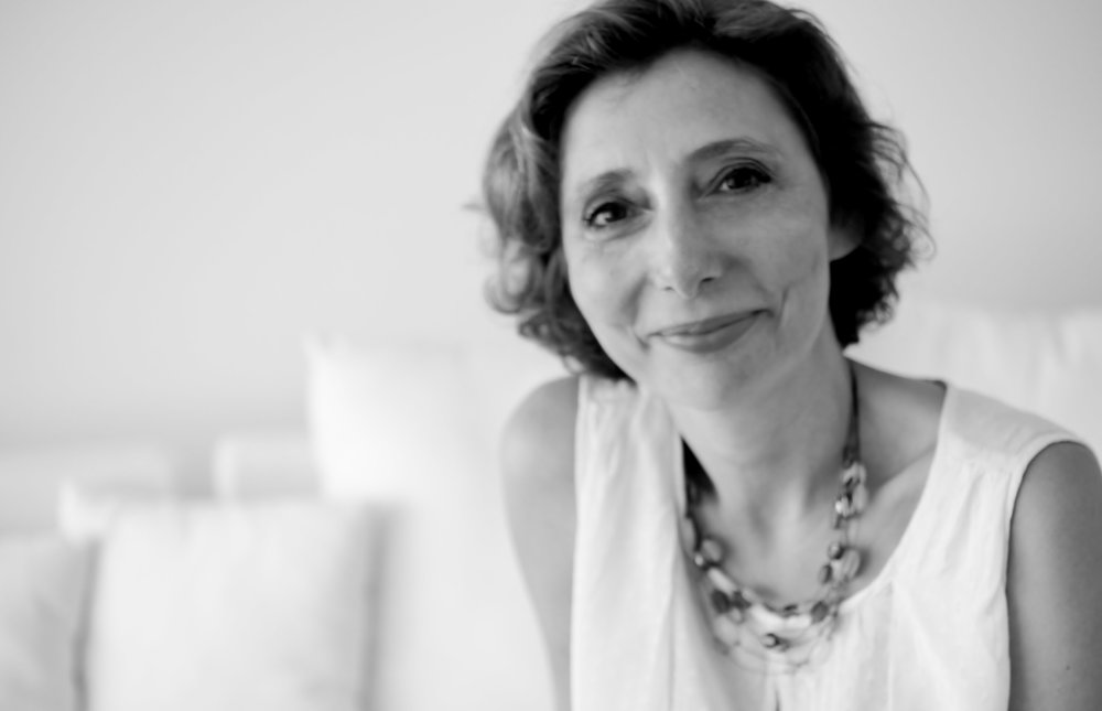 Author Profile : Nathalie Ricaud - Nathalie Ricaud is a professional organiser and the founder of Get Organised & Beyond. She helps families who feel overwhelmed by all the stuff they've accumulated in their homes or by all the activities they're trying to fit into their schedule. She helps them learn to let go of things that are just stressing them out and establish systems so they can feel in control of their homes and lives again. She's the author of a blog, a regular speaker at events and conferences and is regularly published in print and online media.Do you dream of having an organised wardrobe full of clothes you'll wear and will make you feel empowered? In her Wardrobe Bliss workshops series, Nathalie will teach you how to declutter and organise your wardrobe and how to maintain it organised.