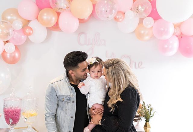 Last week we celebrated our little girl Ayla's 1st Birthday! I cannot believe a whole year has flown by already. Ayla, you bring so much joy and laughter to not only your mummy and daddy but to all those around you. I cannot wait to see the girl you grow up to become. We love you so much! ❤️❤️