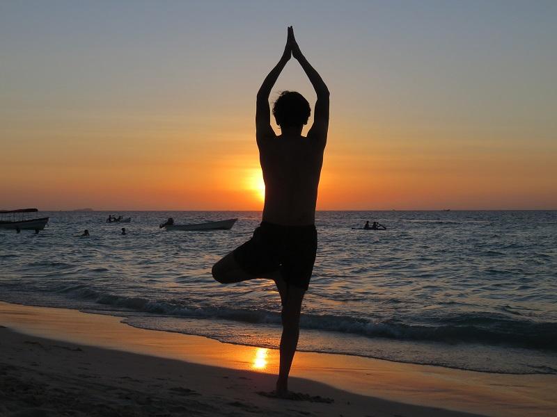 yoga-1996209_1920 small.jpg
