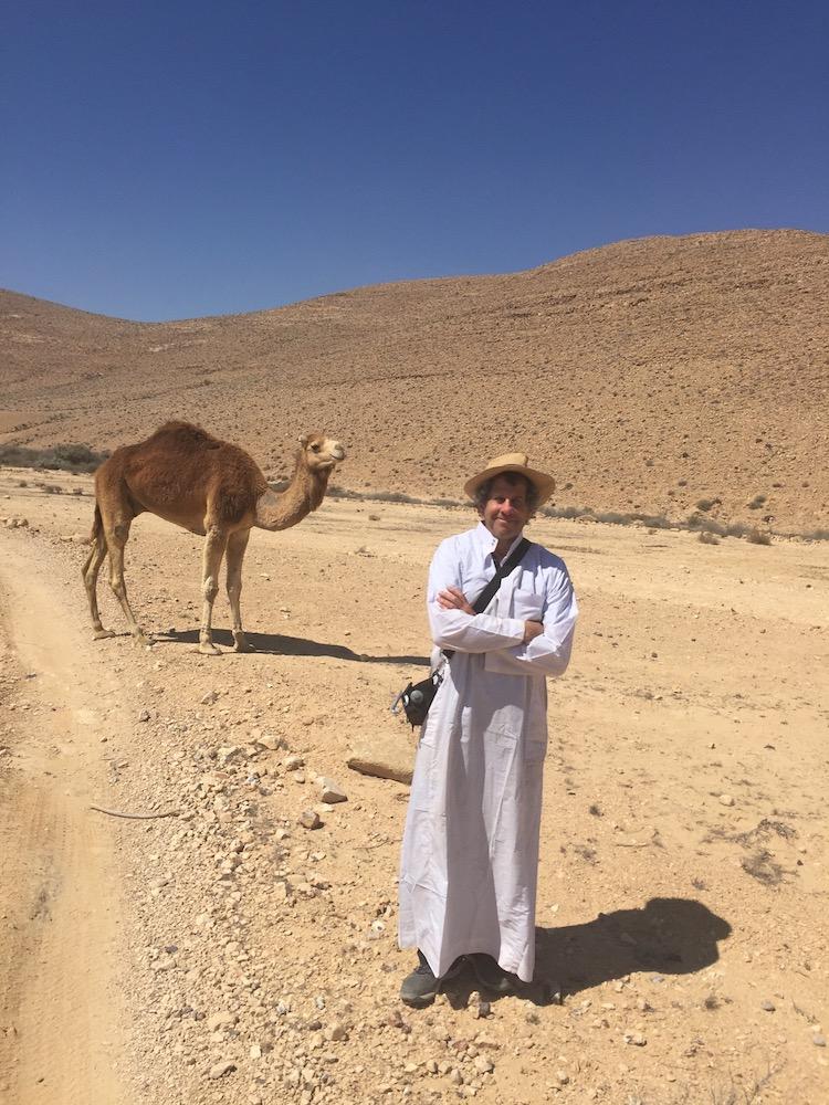 Andy Teirstein in the Negev DESERT near Ezuz Photo by Amir Shumel