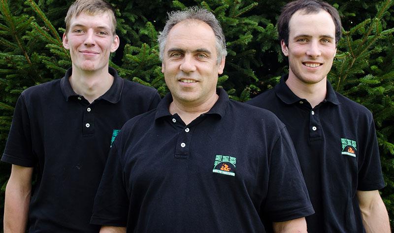 Von links nach rechts:Philipp Lickert (Anlagenmechaniker), Martin Welte (Geschäftsführer), Leonard Steiert (Meister)