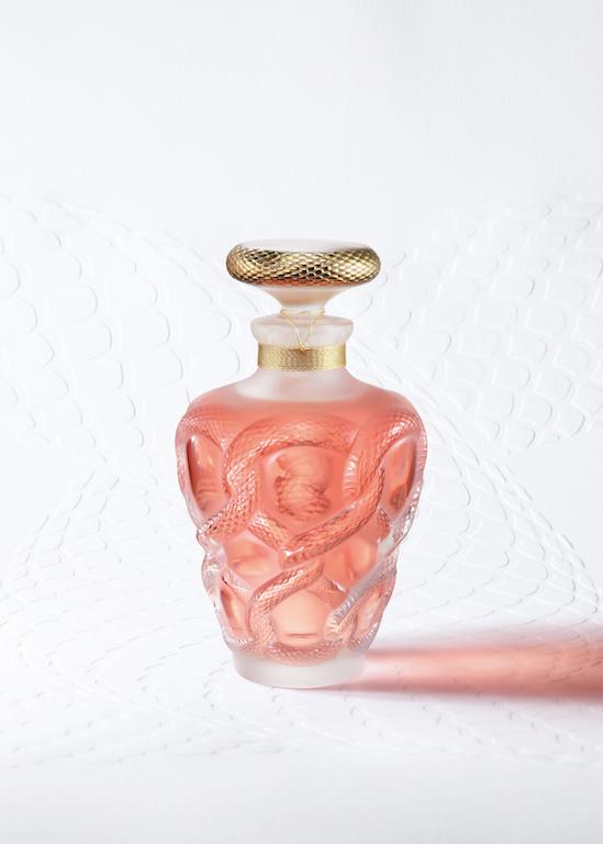 unes-studio_lalique_beautyshot.jpg