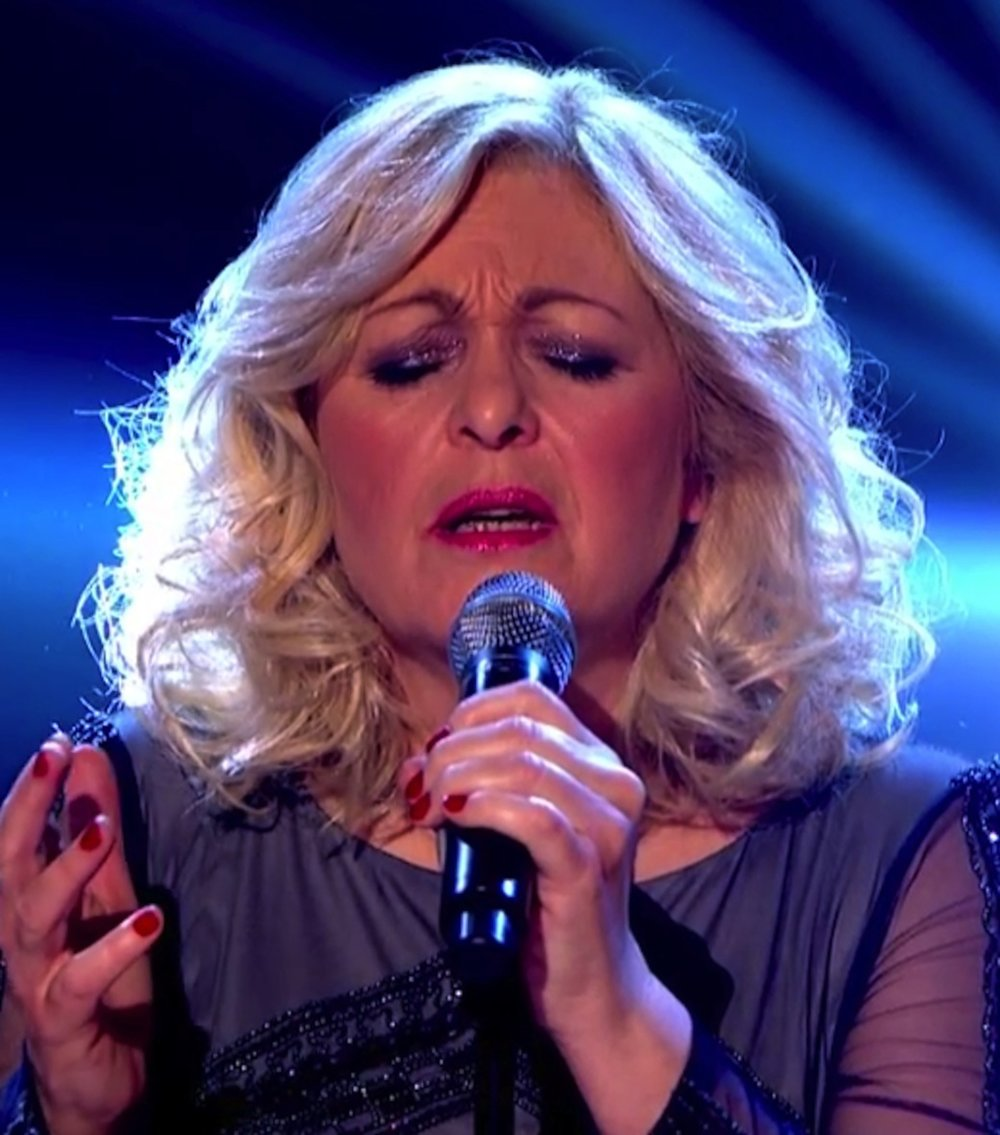 Sally Barker sings To Love Somebody in BBC The Voice Quarter Final.jpg