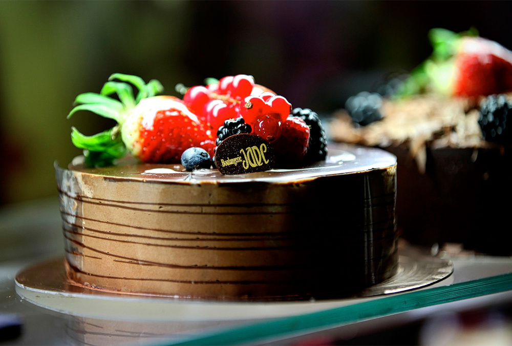 boulangerie-jade-chocolate-cake.jpg