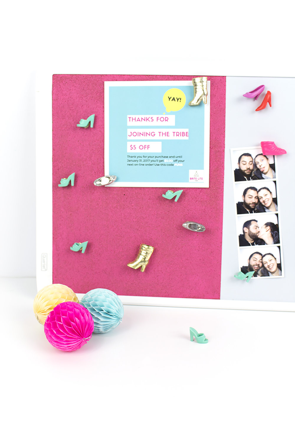 I decided to use my slight obsession with Barbie to create this awesome pink cork board with matching Barbie shoe magnets and thumbtacks. Click for the full tutorial! #deskorganization #barbieclothes #corkboardideas