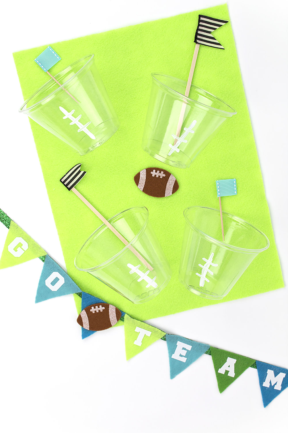 Is it football season yet? I whipped up these easy crafts for your next football gathering. They're quick to make, and feature craft supplies you probably have at home. They're perfect for a mini football party! Click for the DIY.