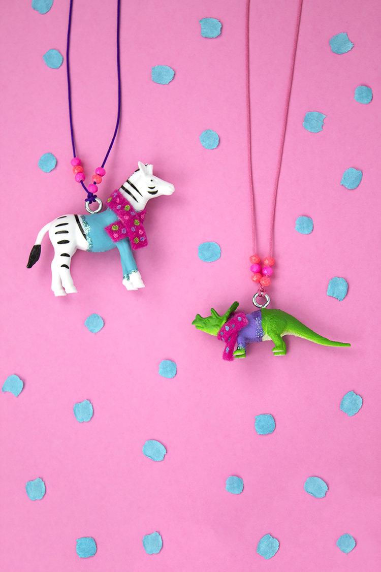 Diy Animal Sweater Necklace Party Hardiy