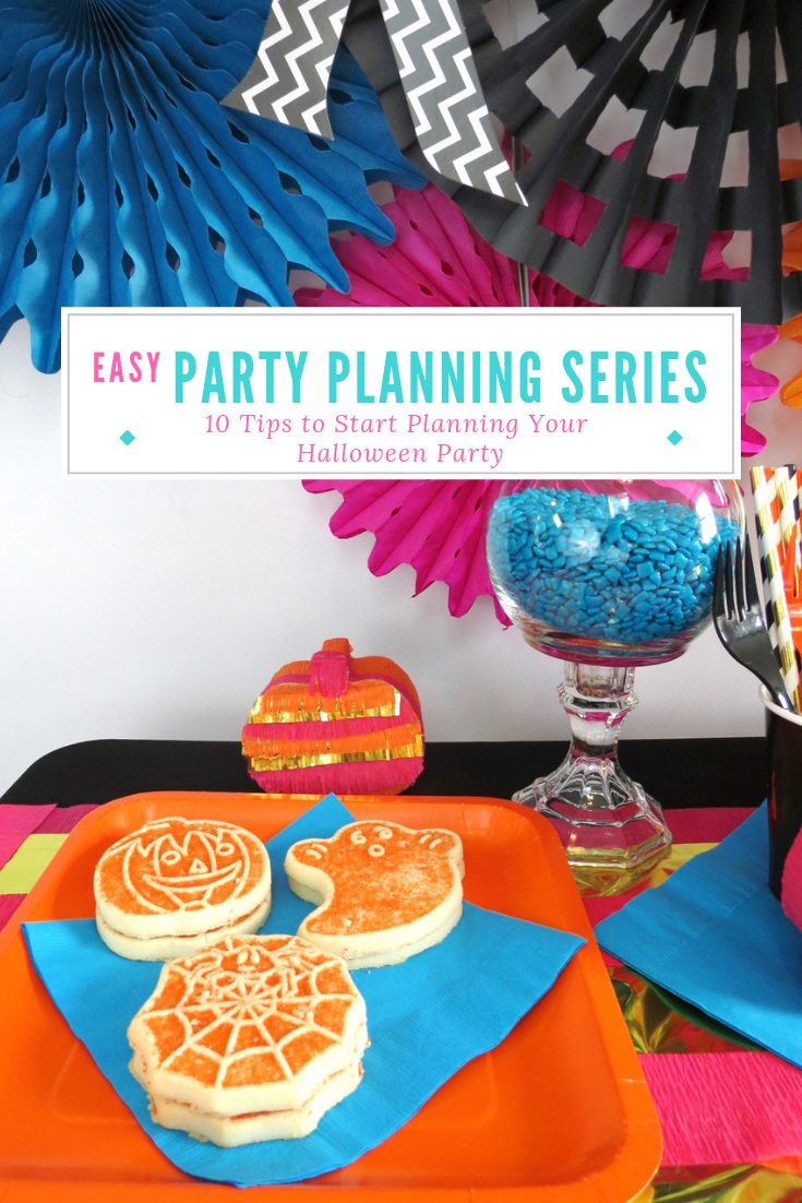 Can you believe it's almost Halloween?! This gives you juuuuust enough time to start planning your party. Unsure where to start? Check out these 10 tips to start planning a spook-tacular Halloween party! #halloween #halloweenparty #partyplanning