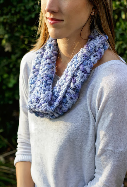 Lady by the Bay - Cozy Puff Stitch Cowl Crochet Pattern