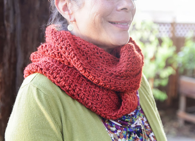 Alysia Infinity Scarf Crochet Pattern - Lady by the Bay