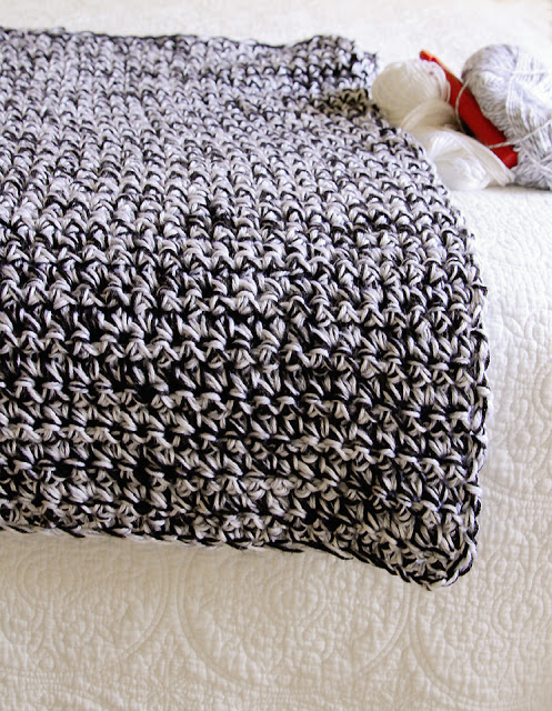 Lady by the Bay - Easy One Stitch Crochet Blanket Pattern