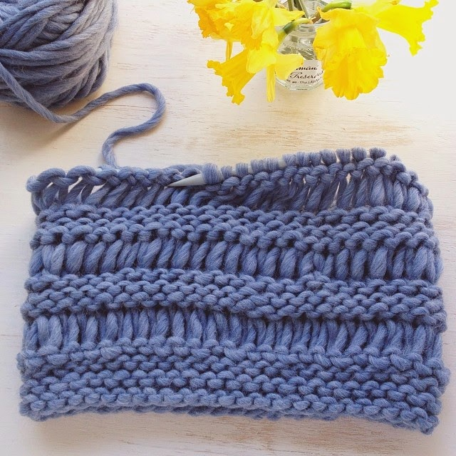 Lady by the Bay - Drop Stitch Cowl Knitting Pattern
