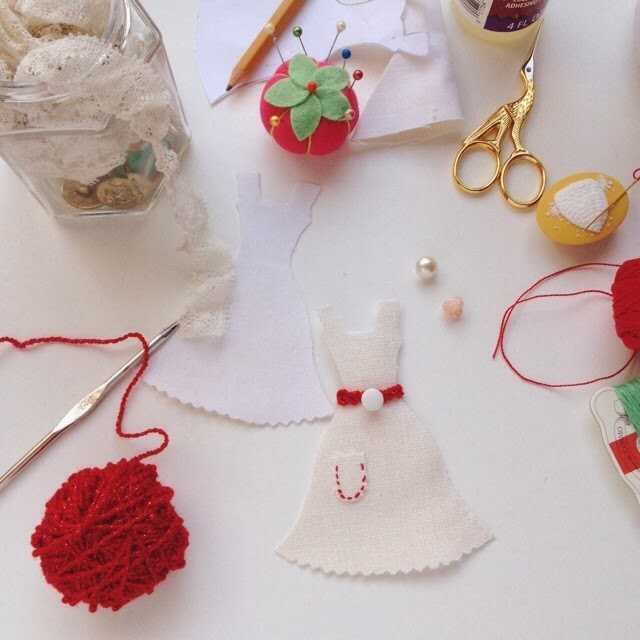 Lady by the Bay - Miniature Dress Ornament