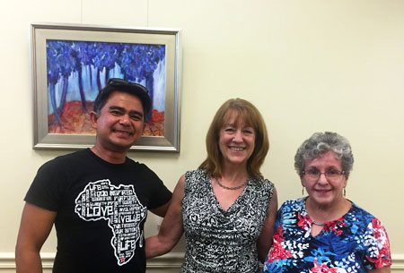 Arnel Artus, Elizabeth Fontaine-Barr, and Jeanne LaPensee enjoying the show.