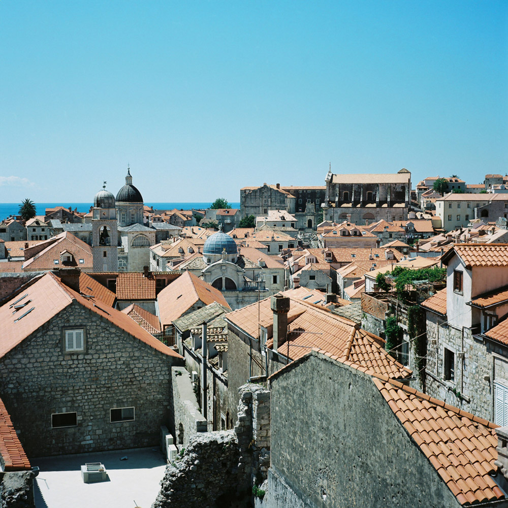01-dubrovnik-croatia-film-travel-photographer-bernadette-pollard.jpg
