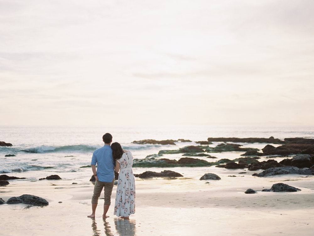 laguna-beach-orange-county-los-angeles-california-engagement-photos-pictures-059.jpg