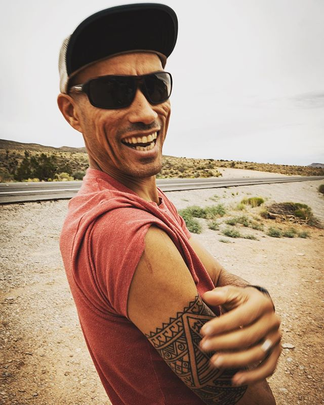 The Badwater 135-Mile Ultramarathon, t-minus 50 hours. This dude is READY. #dreamteam #badwater135 #territoryrunco #beetelite #inov8 #sonyalpha7rii