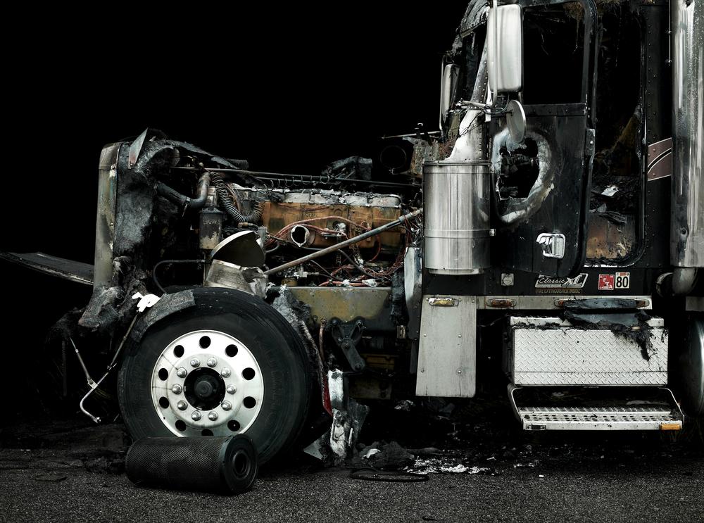 truck-81149rt.jpg