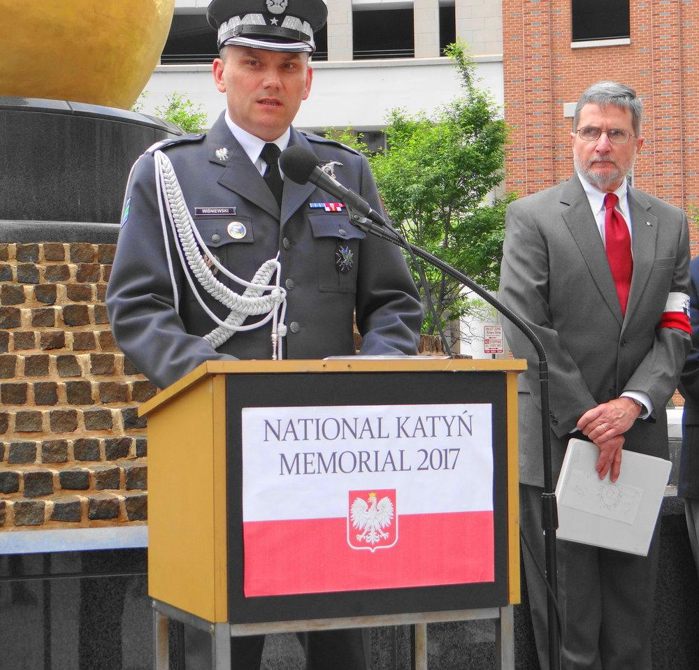 Brigadier General Cezary Wisniewski & MC Adam Mazurek.JPG