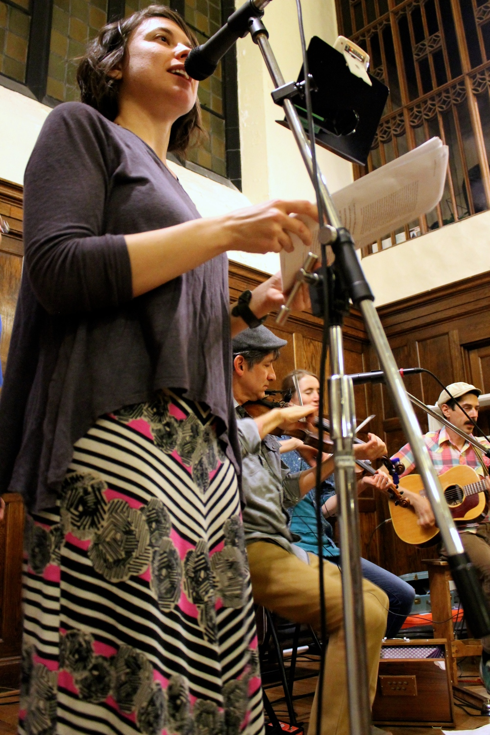 Image of Dela Taylor and Sassafras Stomp (John Pranio, Johanna Davis & Adam Nordell) at the April 21, 2016 Portland Intown Contra Dance   by Naomi Marthai.