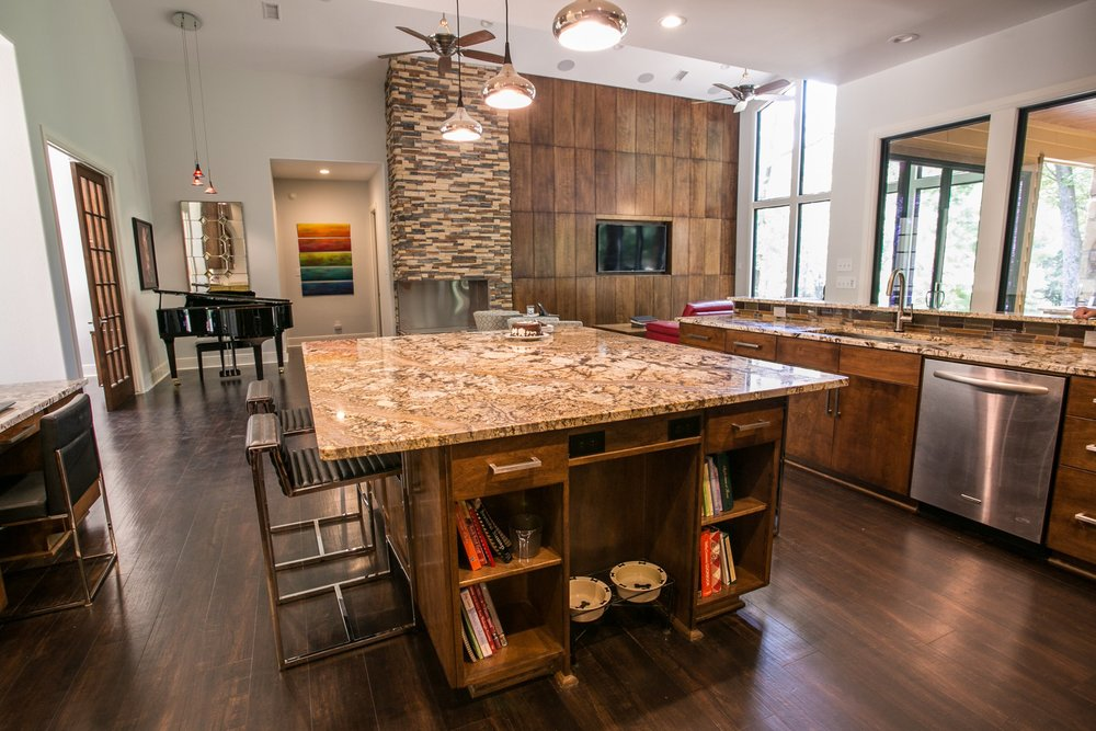 Tons of storage for this contemporary kitchen!
