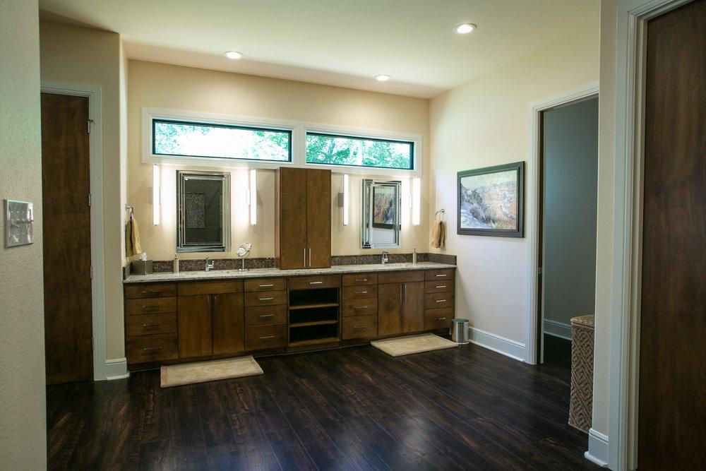 Modern Master Bath in contemporary Texas lodge home