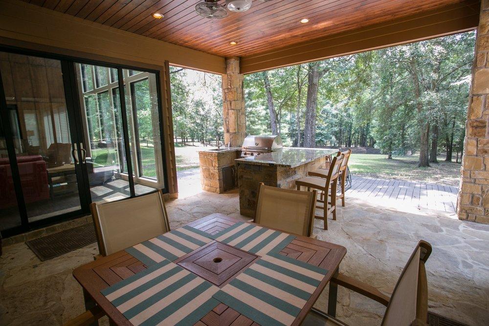 jillornelas.com/outdoor-kitchen-nacogdoches.jpg