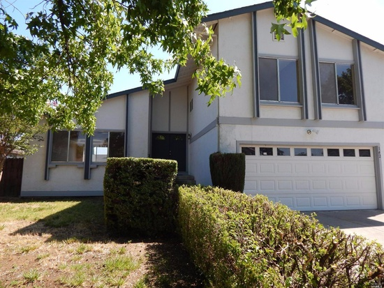 142 Dover Way, Vacaville