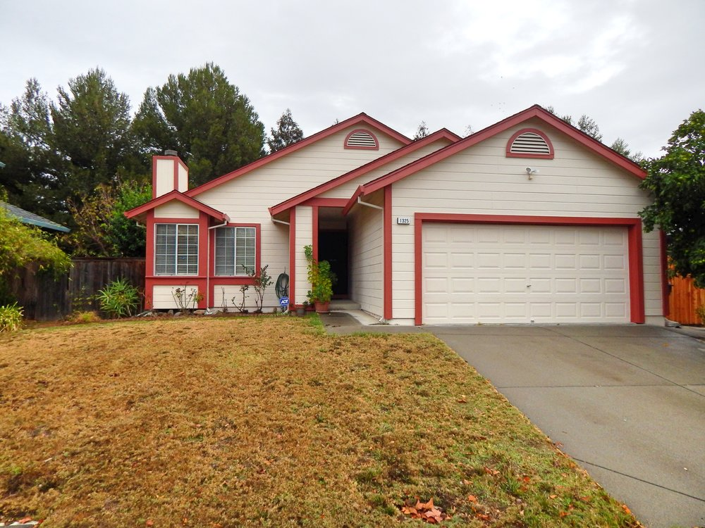 1325 Phillip Way, Suisun City