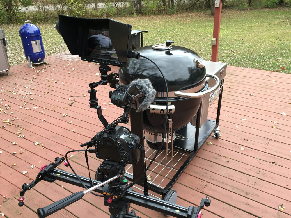Weber Summit Charcoal Holzkohlegrill : The weber summit charcoal grill u another pint please