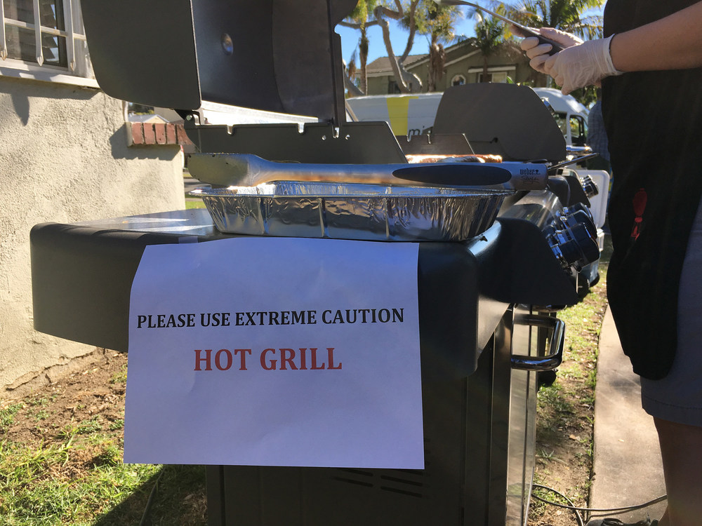 Grill with Hot Sign.jpg