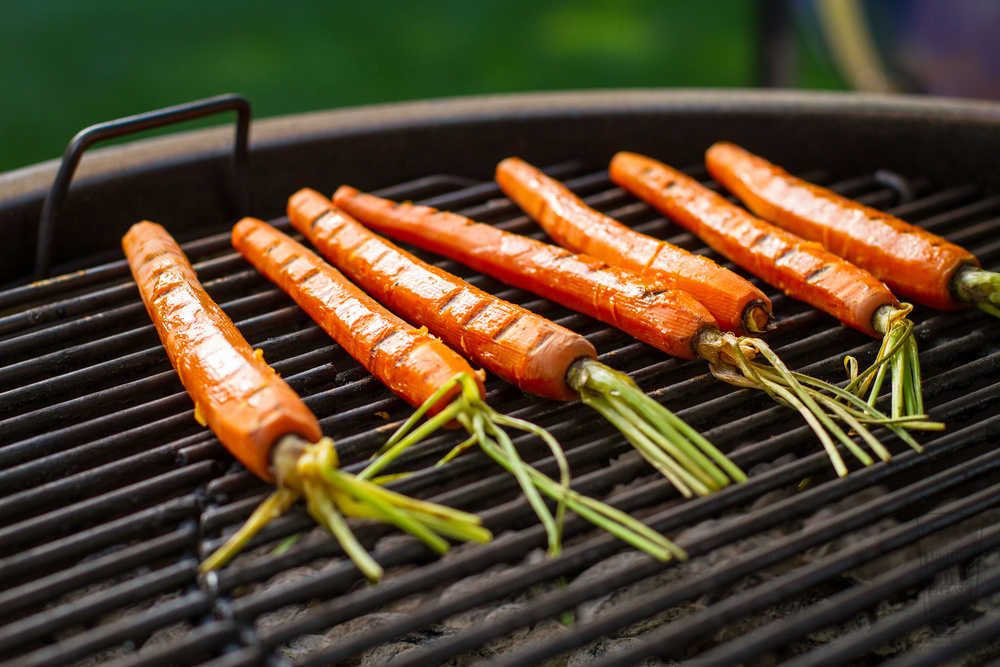 grilled carrots on weber grill.jpg