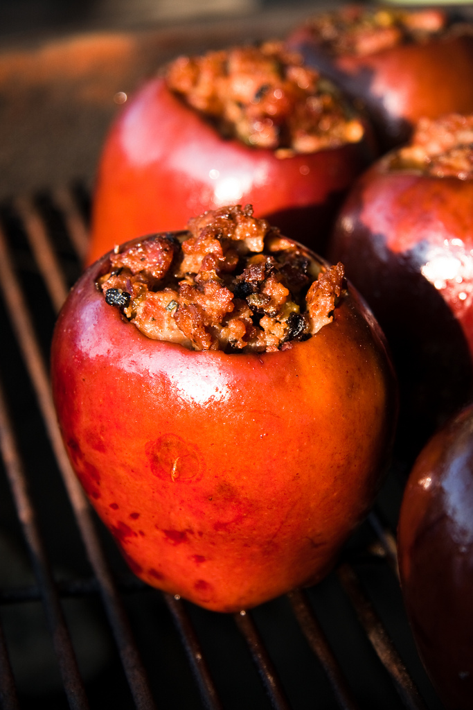 smoked apples on Weber grill.jpg