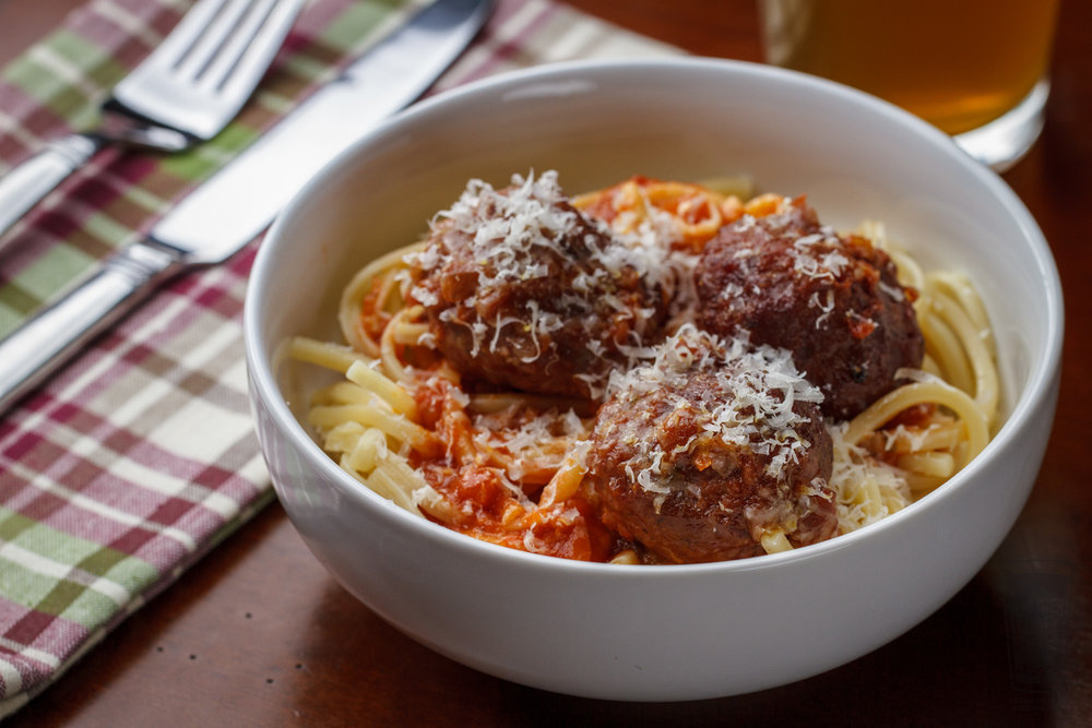 Planked Meatballs with Marinara Sauce