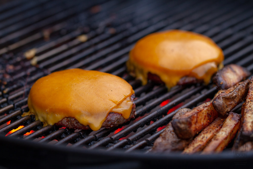 Grilled Cheeseburgers on the Weber Performer Grill
