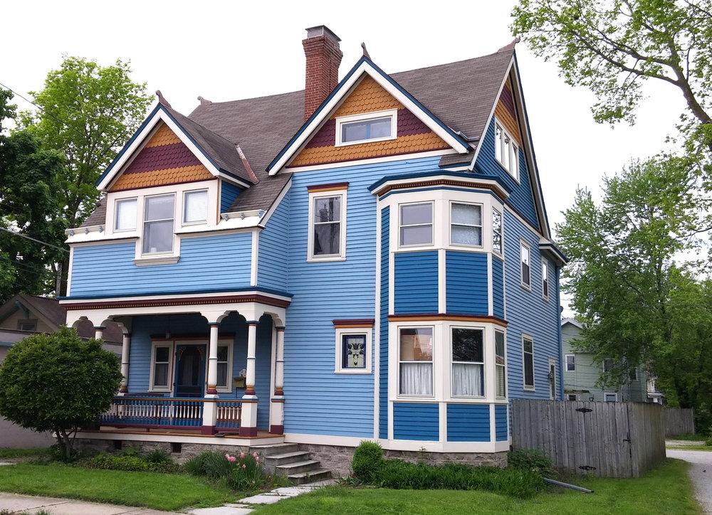 816 Jackson St paint.jpg