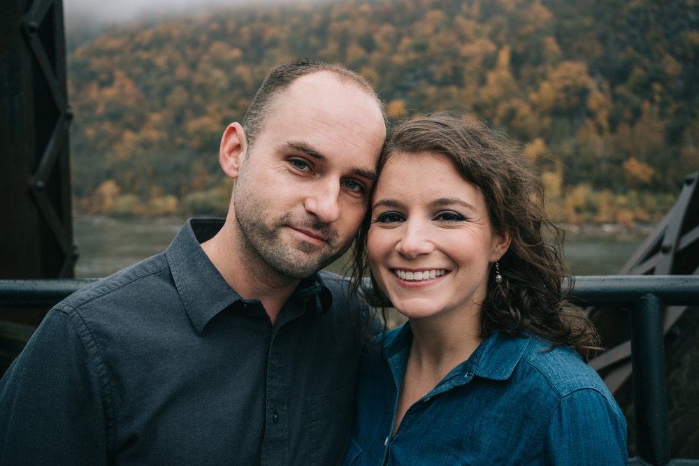autumn engagement photo on harpers ferry bridge