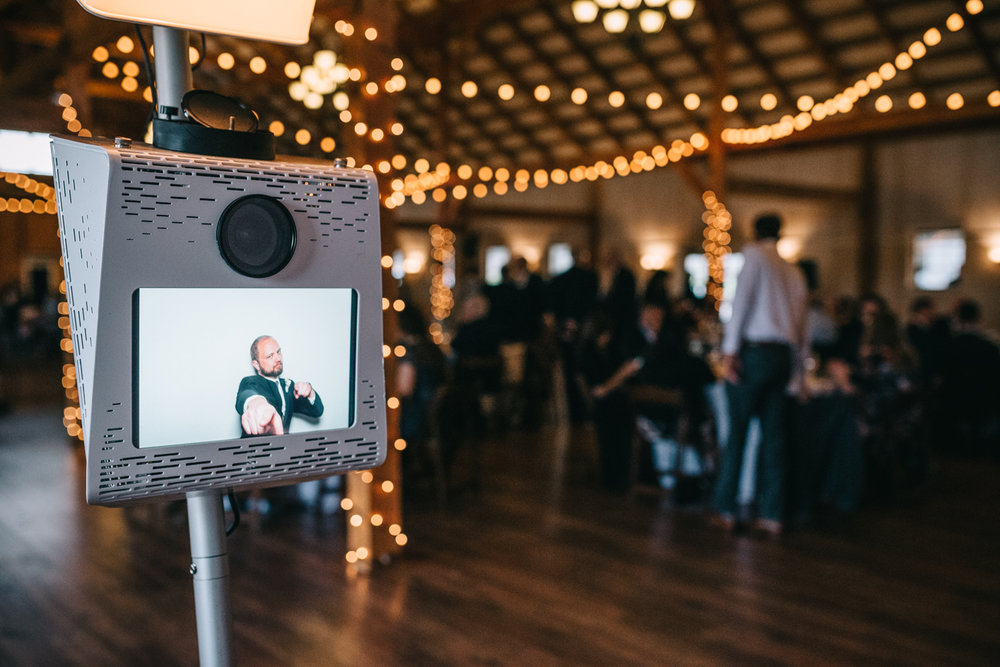 northern virginia open-air photo booth shadow creek weddings