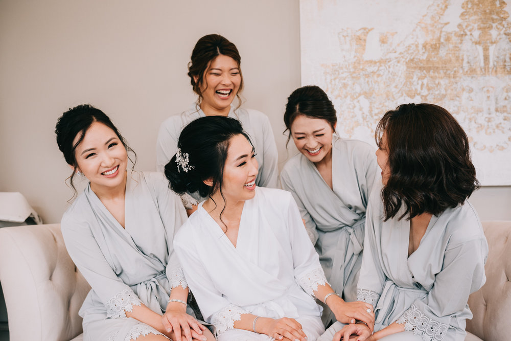 virginia wedding bridesmaids getting ready