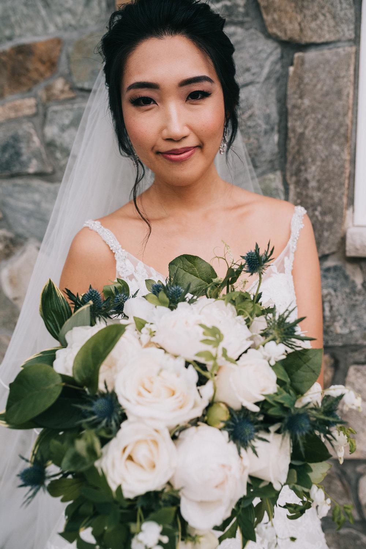 blue valley winery wedding bride flowers bridal portrait bouquet