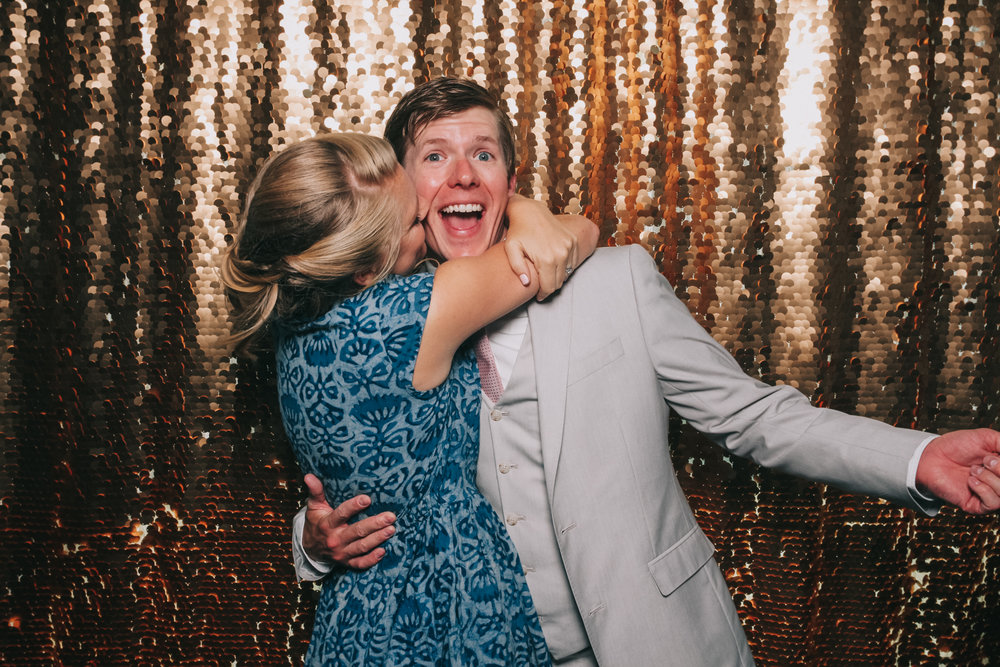 baltimore rusty scupper wedding photo booth-9.jpg