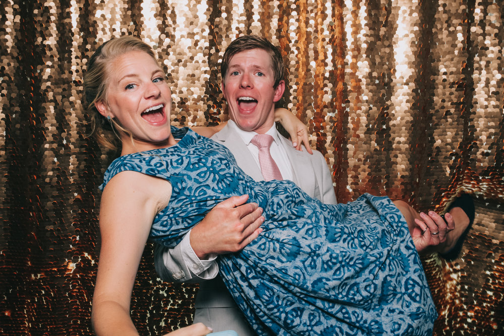 baltimore rusty scupper wedding photo booth-10.jpg