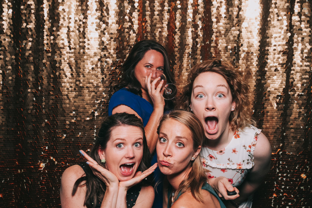 baltimore rusty scupper wedding photo booth-15.jpg