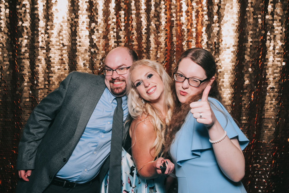 baltimore rusty scupper wedding photo booth-32.jpg