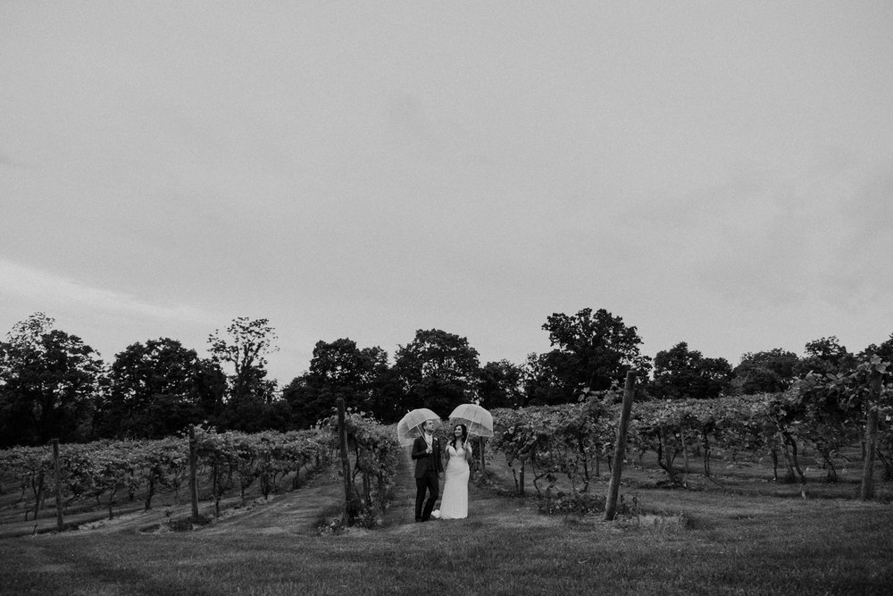 dark and moody vineyard wedding on a rainy day bluemont va