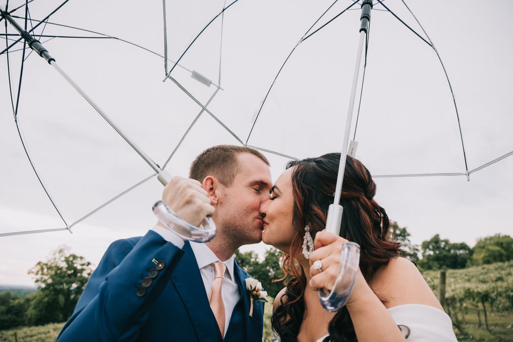 bluemont vineyard wedding umbrellas