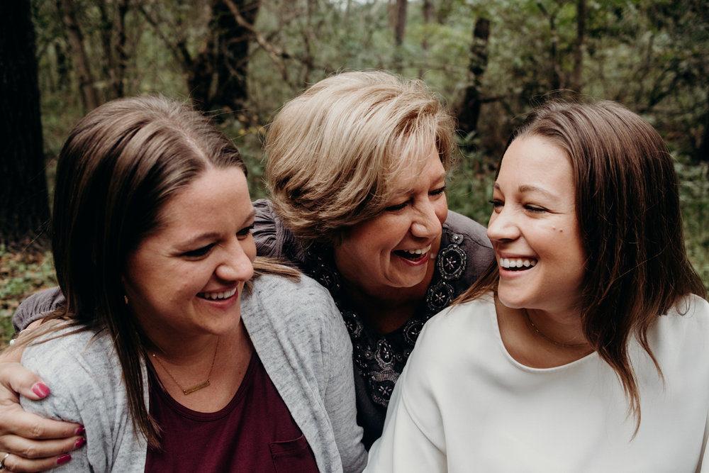 Mother daughter portrait family lifestyle session virginia